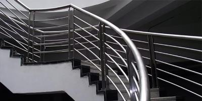 管钢强不锈钢板建筑装饰用的应用