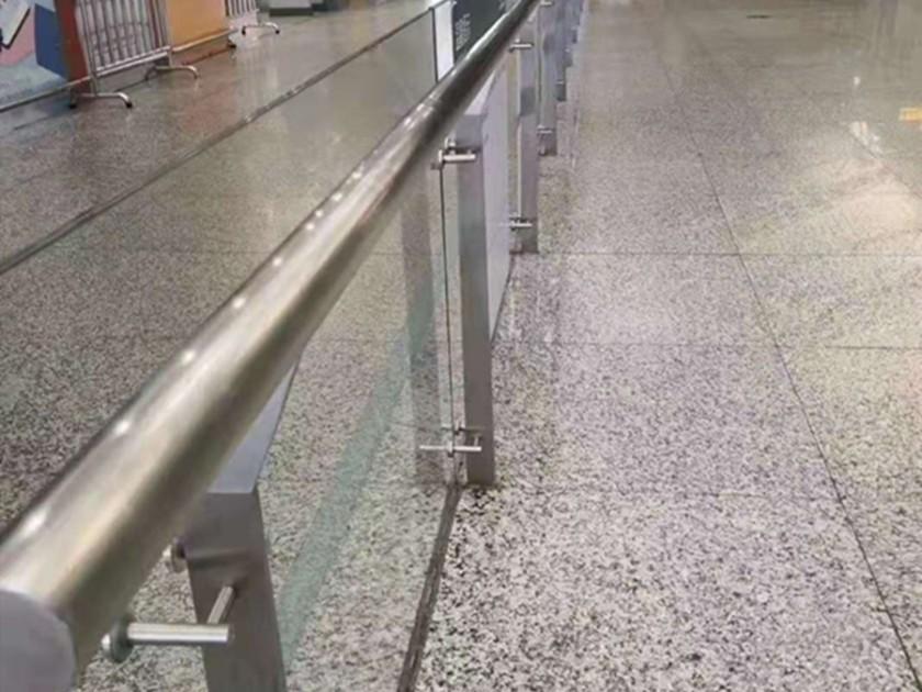 地铁站不锈钢防护栏