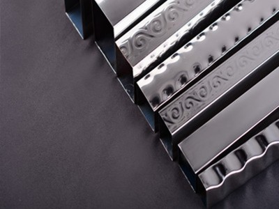 304装饰不锈钢花纹管
